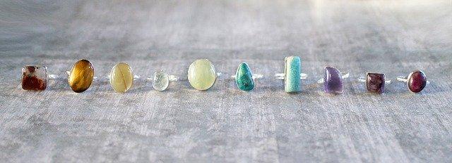 יש לכם חנות וירטואלית לתכשיטים? צילום מקצועי ירים לכם את המכירות!
